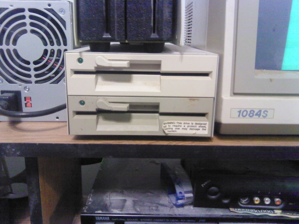 80Trk Floppy Drives.jpg